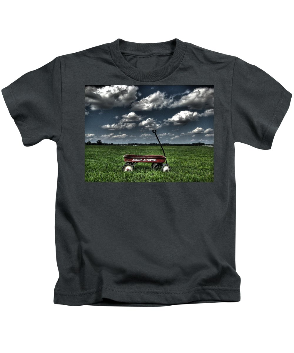 Wagon Kids T-Shirt featuring the photograph Radio Flyer by Jane Linders