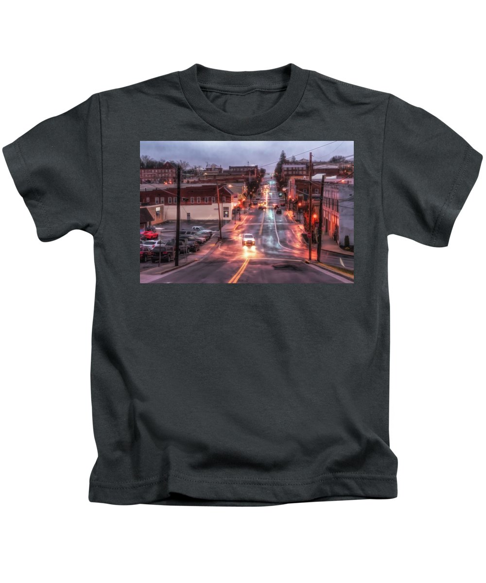 Rain Kids T-Shirt featuring the photograph Rainy Night In Marion by Jim Love