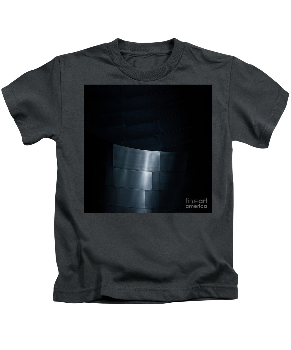 Disney Performing Arts Center Kids T-Shirt featuring the photograph Reflecting On Gehry by Doug Sturgess