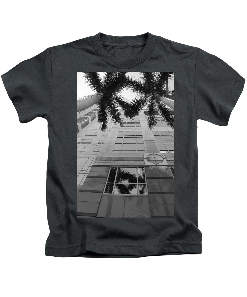 Architecture Kids T-Shirt featuring the photograph Reflections On The Building by Rob Hans