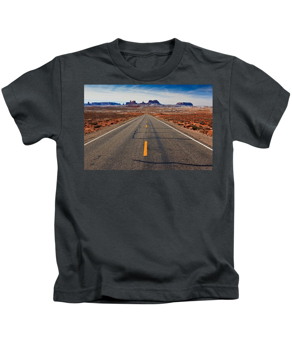 Road Kids T-Shirt featuring the photograph Road To Monument Valley by Matt Suess