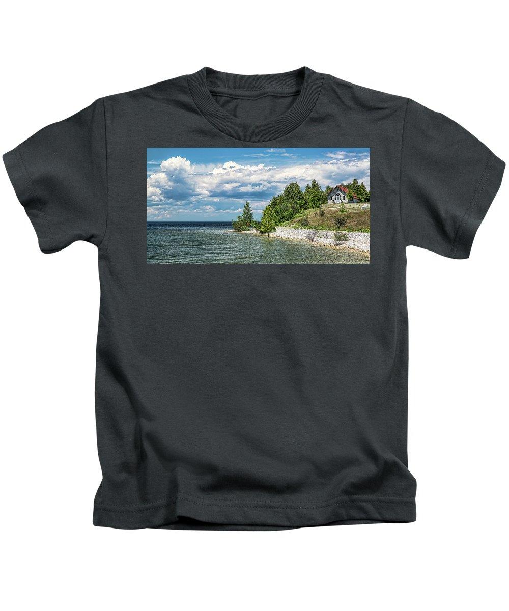 Rock Island Kids T-Shirt featuring the photograph Rock Island Summer by Jeffrey Ewig