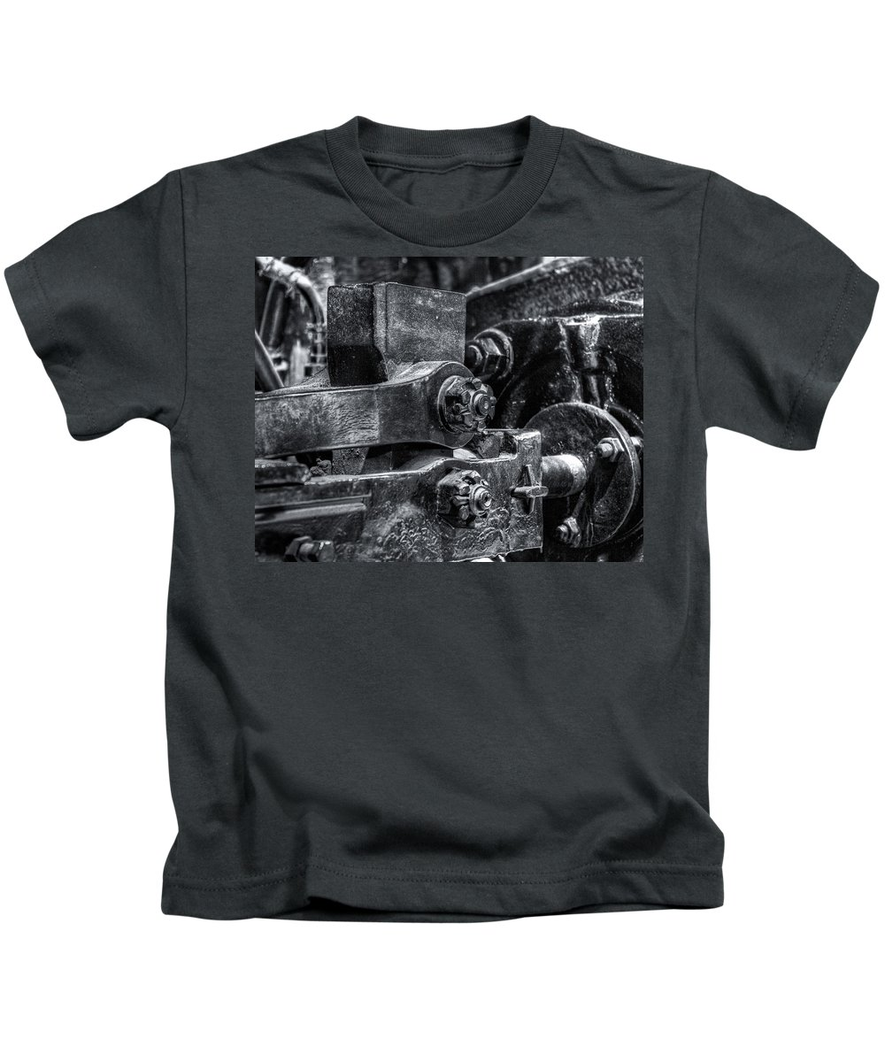 Machinery Kids T-Shirt featuring the photograph Rods Of Steel by Scott Wyatt