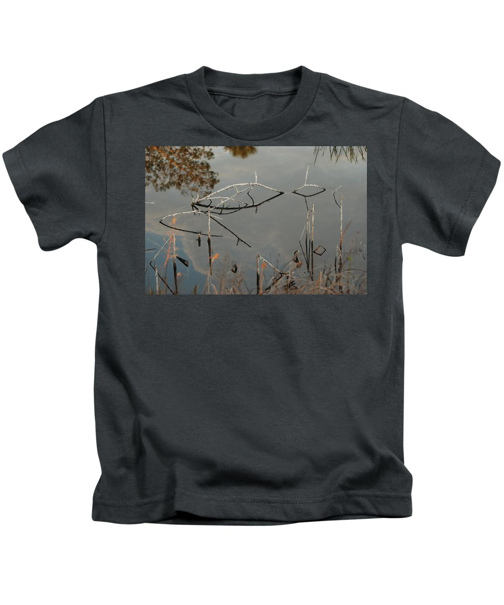 Pink Kids T-Shirt featuring the photograph Rosey Bridge by Rob Hans