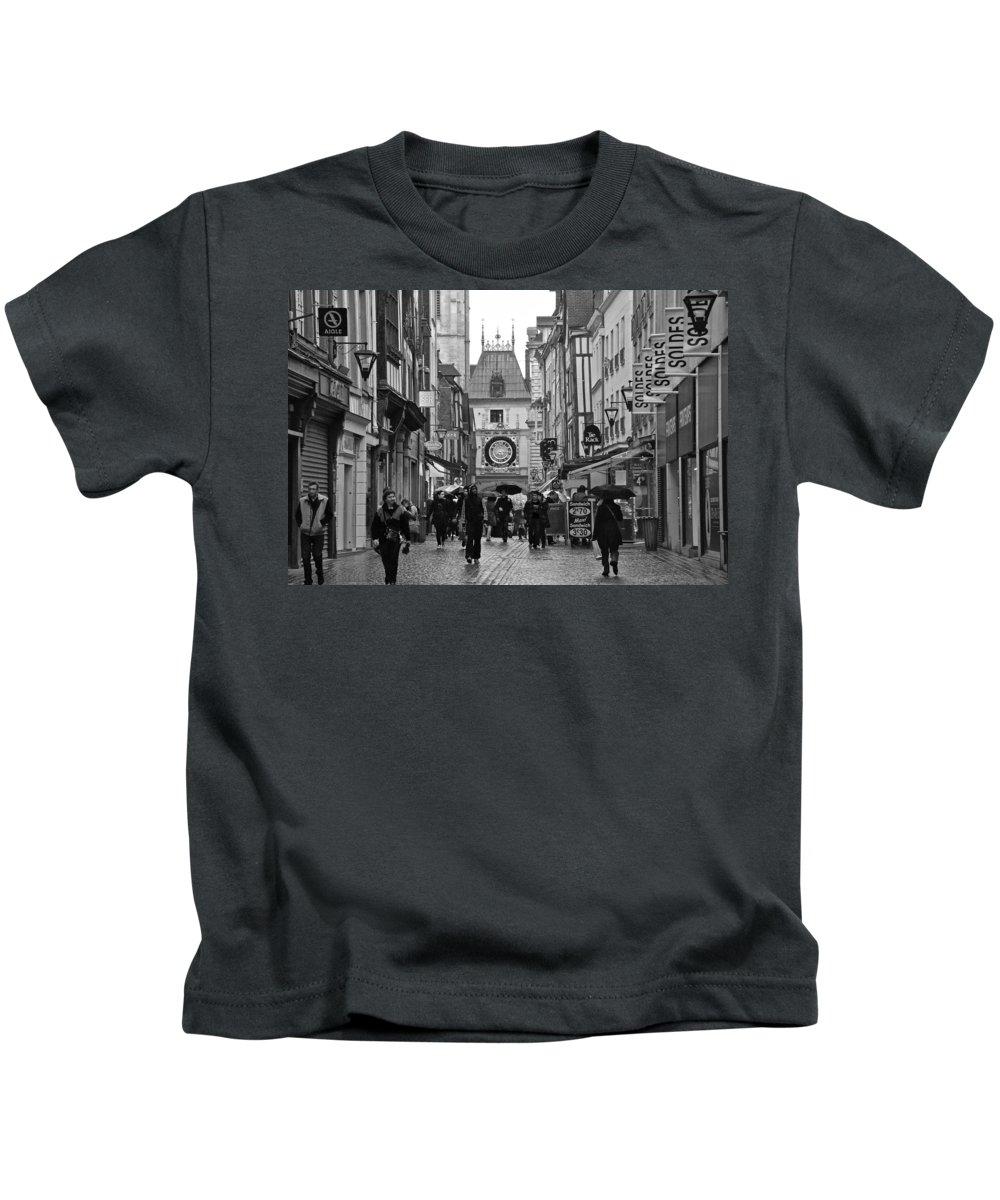 Rouen Kids T-Shirt featuring the photograph Rouen Street by Eric Tressler
