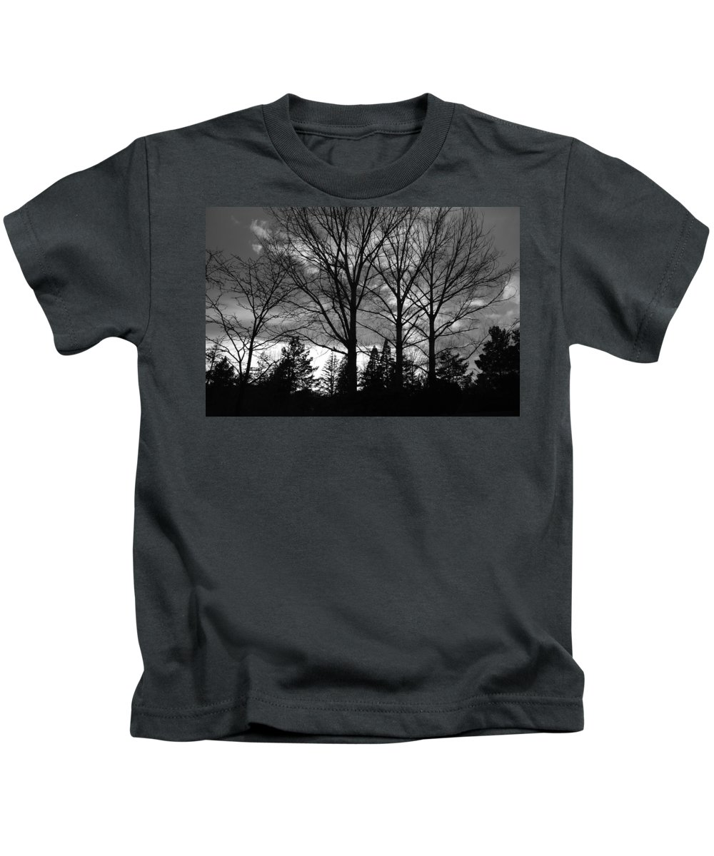 Black And White Kids T-Shirt featuring the photograph Scenic State Capital by Rob Hans