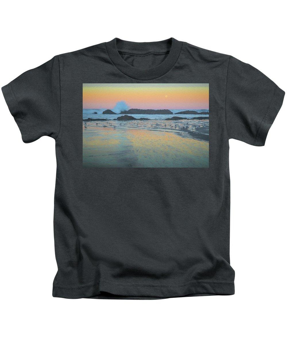 Birds Kids T-Shirt featuring the photograph Seal Rock Moonset by Michael Balen