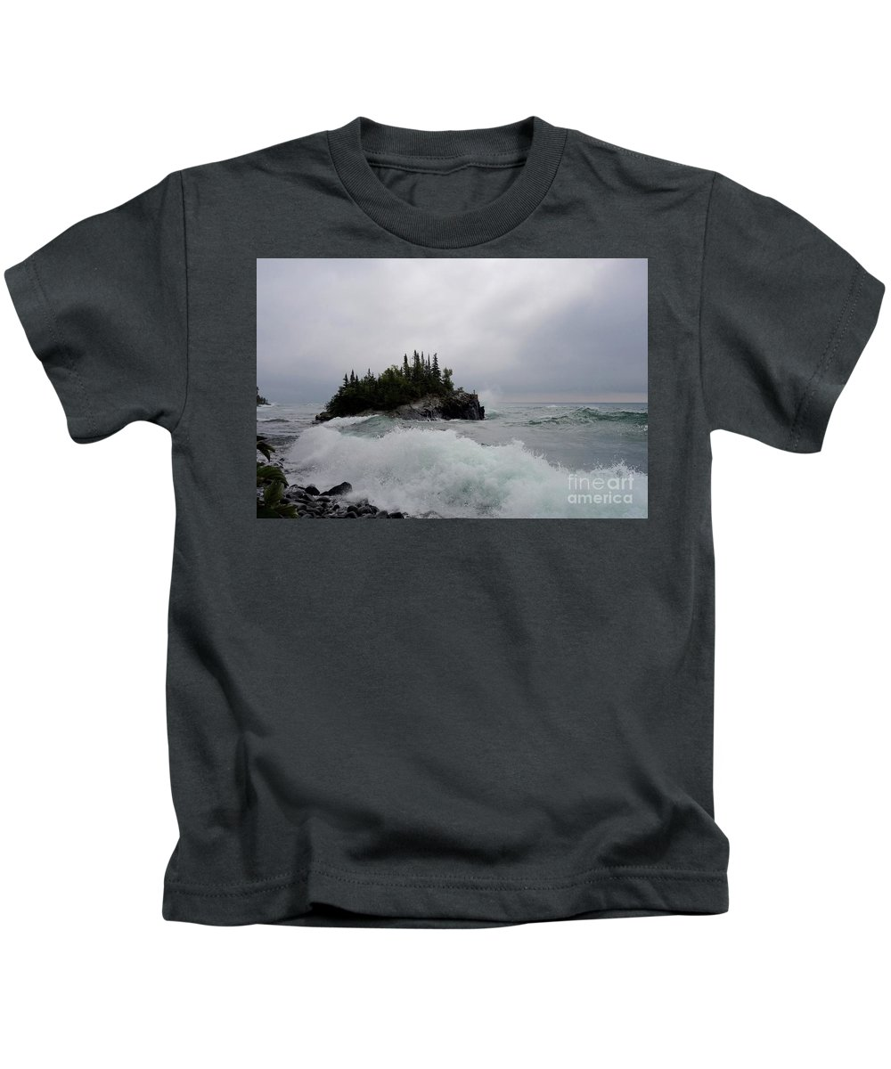 Big Wave! Kids T-Shirt featuring the photograph September Storm #5 by Sandra Updyke