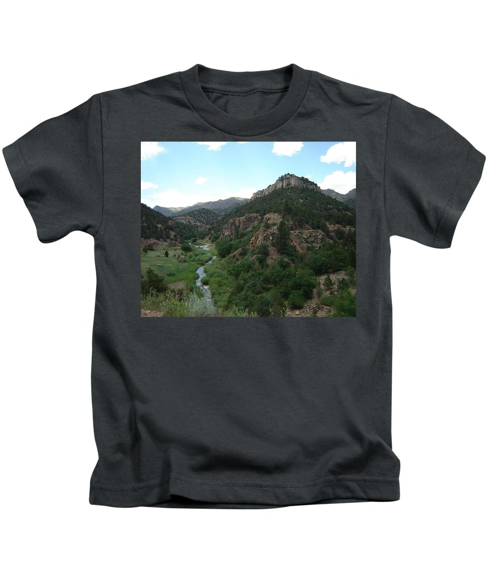 Shelf Road Kids T-Shirt featuring the photograph Shelf Road Vista by Anita Burgermeister