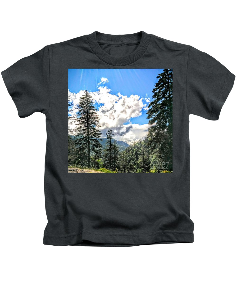 Great Smoky Mountain National Park Kids T-Shirt featuring the photograph Shine by Katie Neese