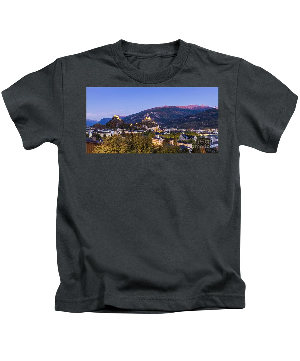 Architecture Kids T-Shirt featuring the photograph Sion At Night by Werner Dieterich