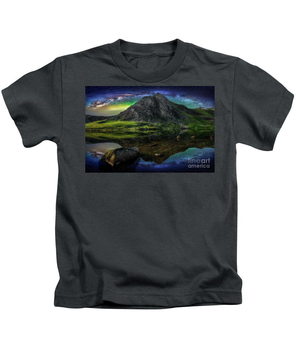Tryfan Mountain Kids T-Shirt featuring the photograph Sky Full Of Stars by Adrian Evans