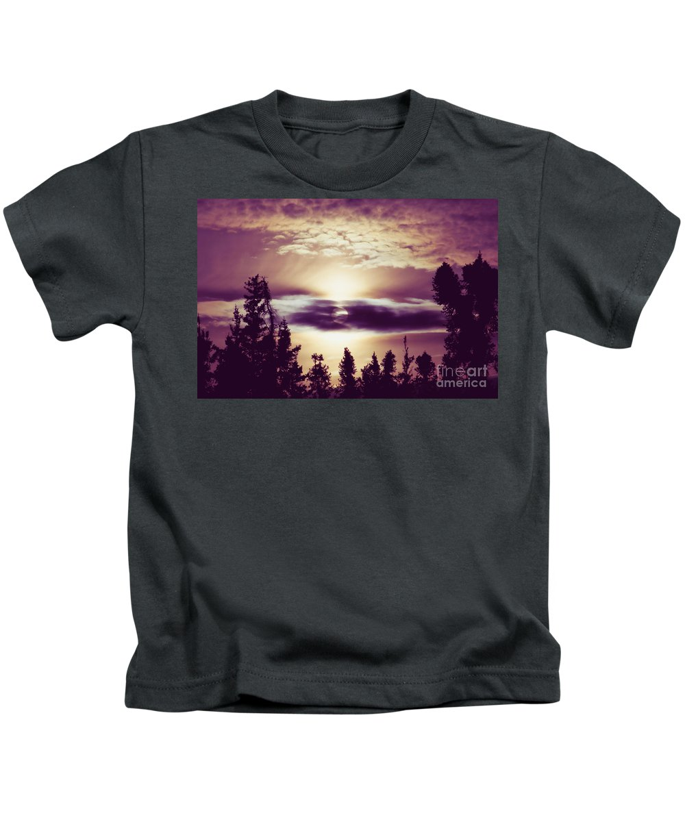 Sound Of The Sun Kids T-Shirt featuring the photograph Sound Of The Sun by Sharon Mau