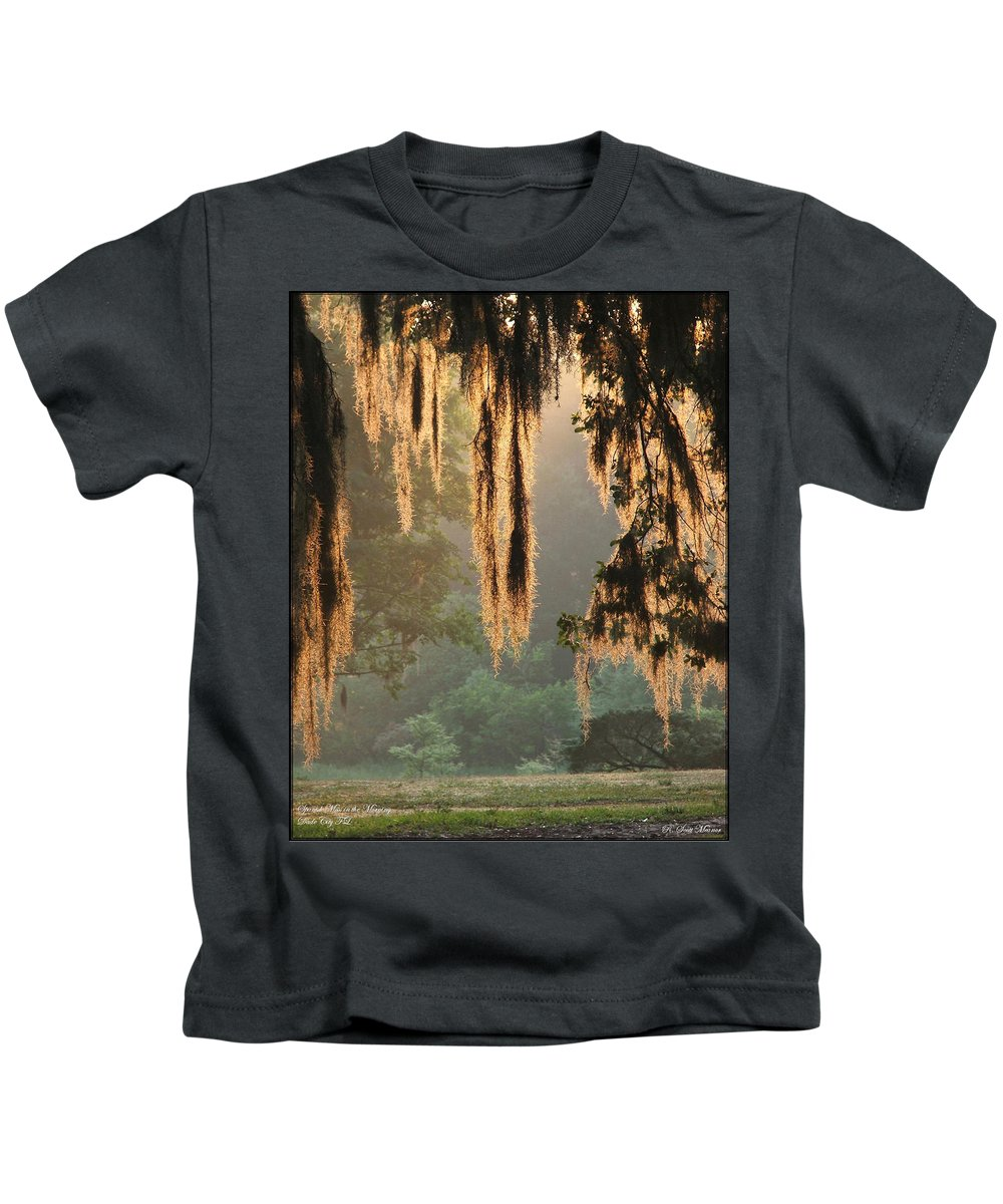 Spanish Moss Kids T-Shirt featuring the photograph Spanish Moss In The Morning by Robert Meanor