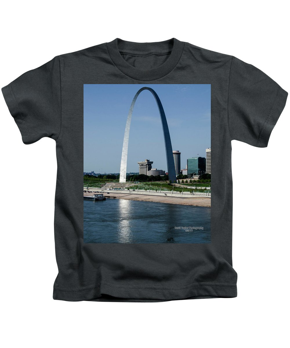 St. Louis Arch Kids T-Shirt featuring the photograph St Louis Arch by David Taylor