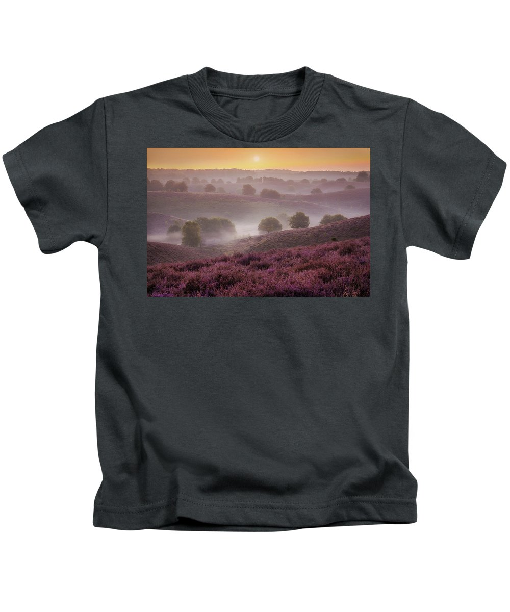 Kids T-Shirt featuring the photograph Sunrise Layers by Martin Podt