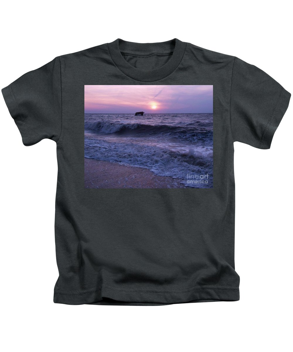 Sunset Kids T-Shirt featuring the painting Sunset Beach Nj And Ship by Eric Schiabor
