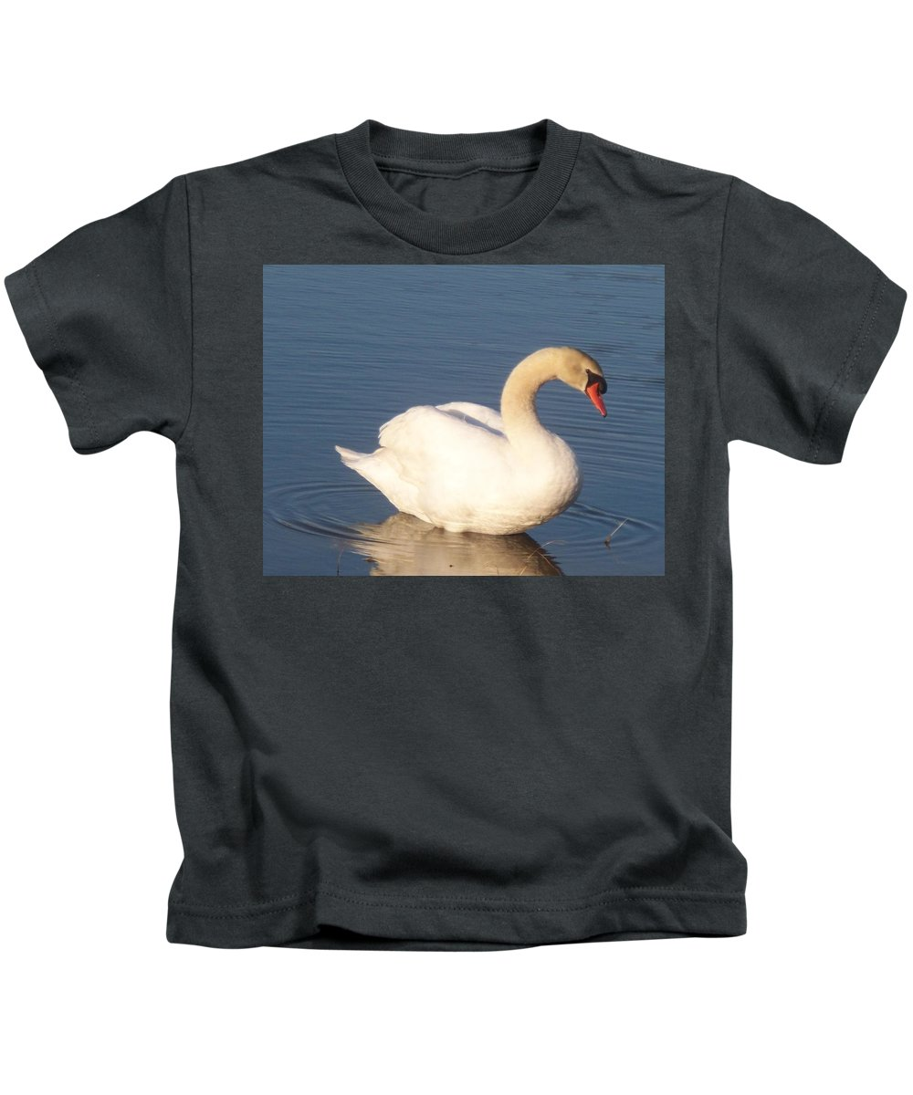 Swan Kids T-Shirt featuring the painting Swan by Eric Schiabor