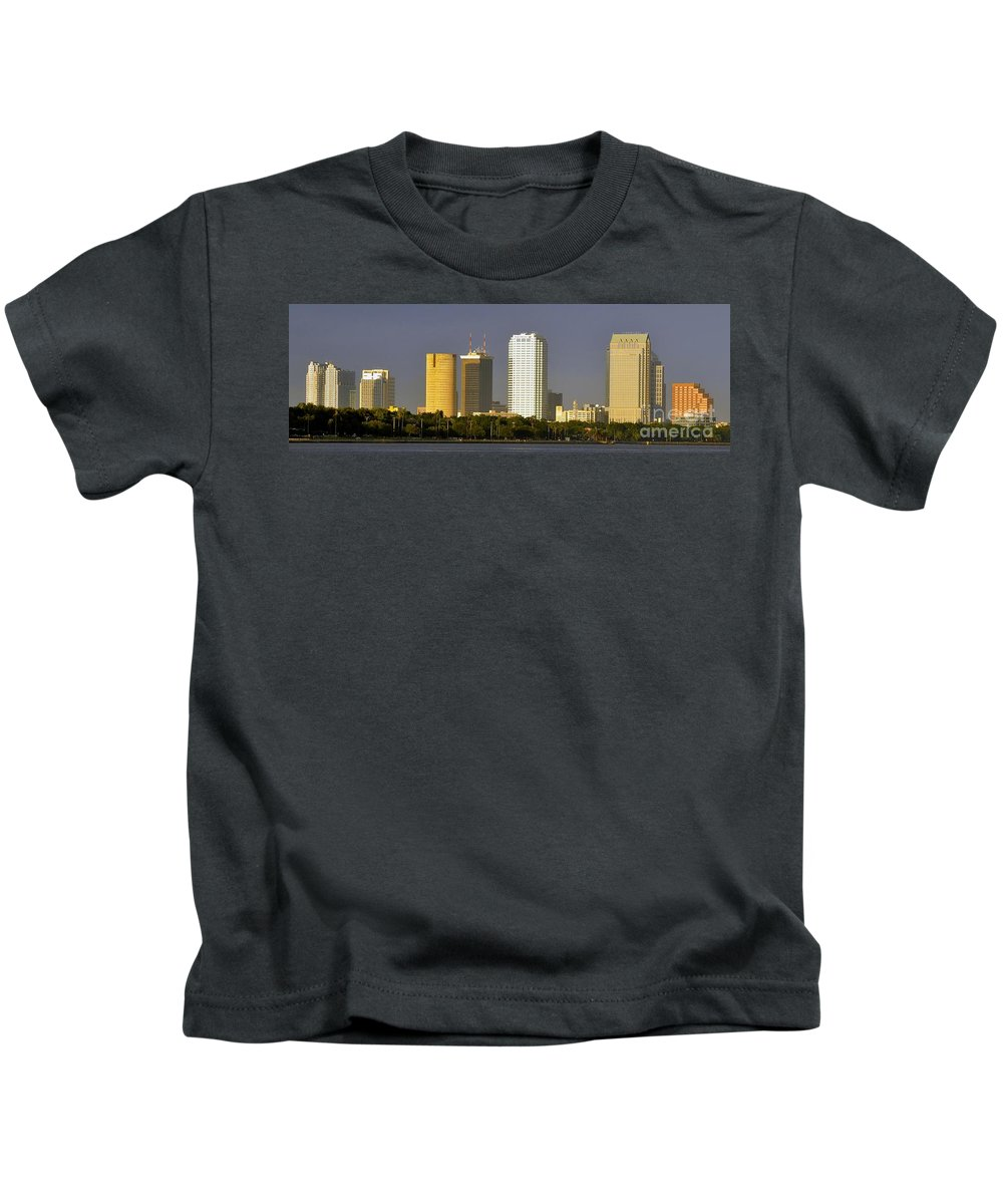 Tampa Bay Florida Kids T-Shirt featuring the photograph Tampa And Bayshore by David Lee Thompson