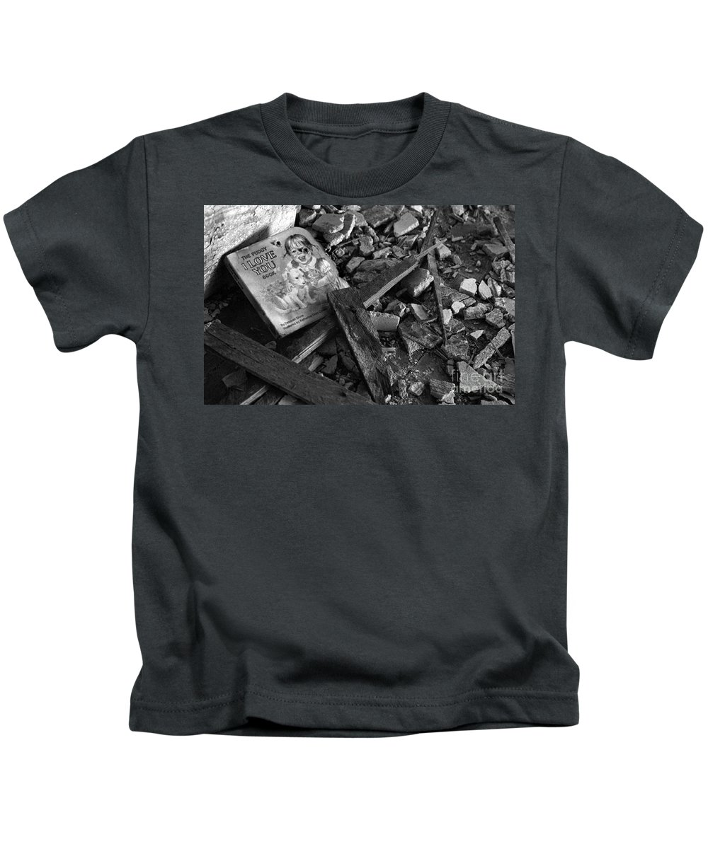 Dark Art Kids T-Shirt featuring the photograph Tell Me A Story by Peter Piatt