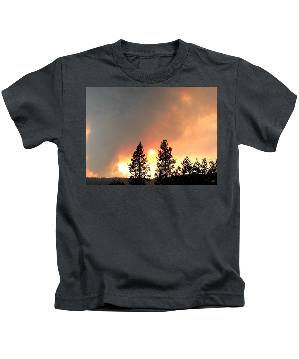 Forest Fire Kids T-Shirt featuring the photograph Terrace Mountain Fire 2 by Will Borden