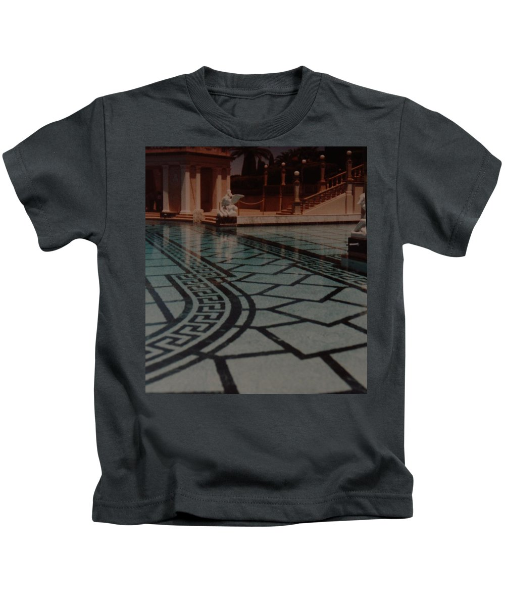 Sculpture Kids T-Shirt featuring the photograph The Biggest Pool by Rob Hans