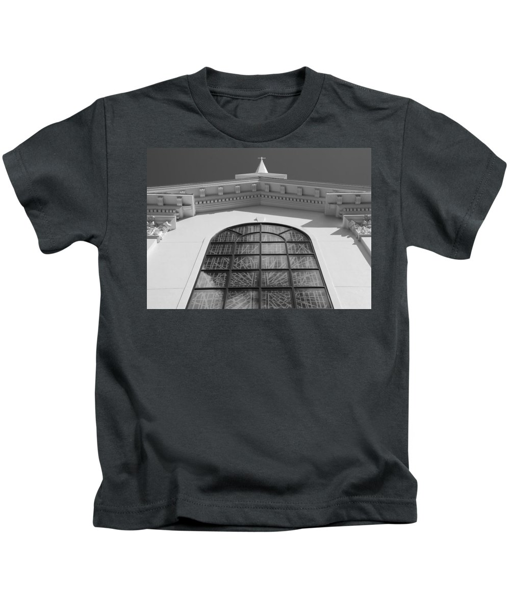 Church Kids T-Shirt featuring the photograph The Black And White Church by Rob Hans