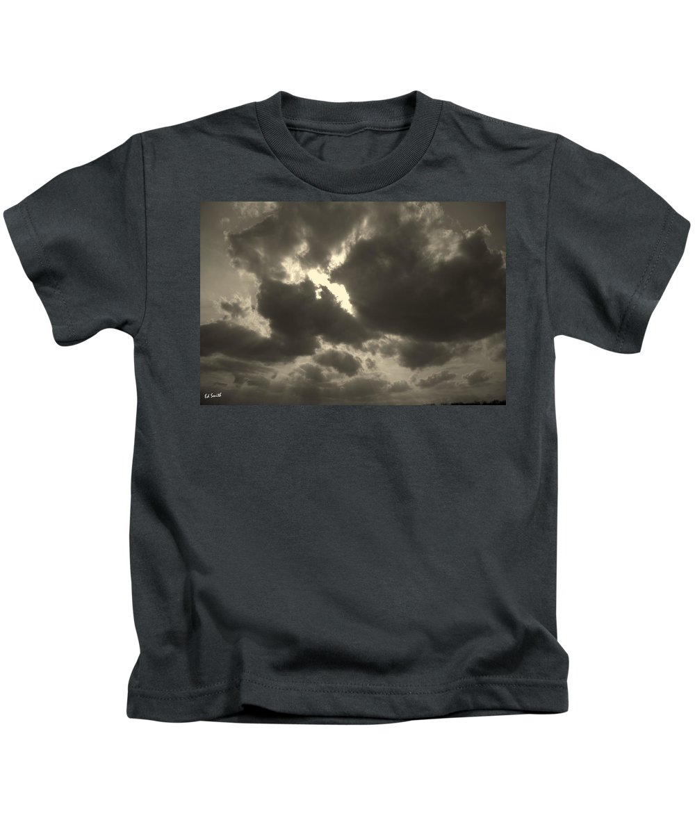 The Dance Kids T-Shirt featuring the photograph The Dance by Ed Smith
