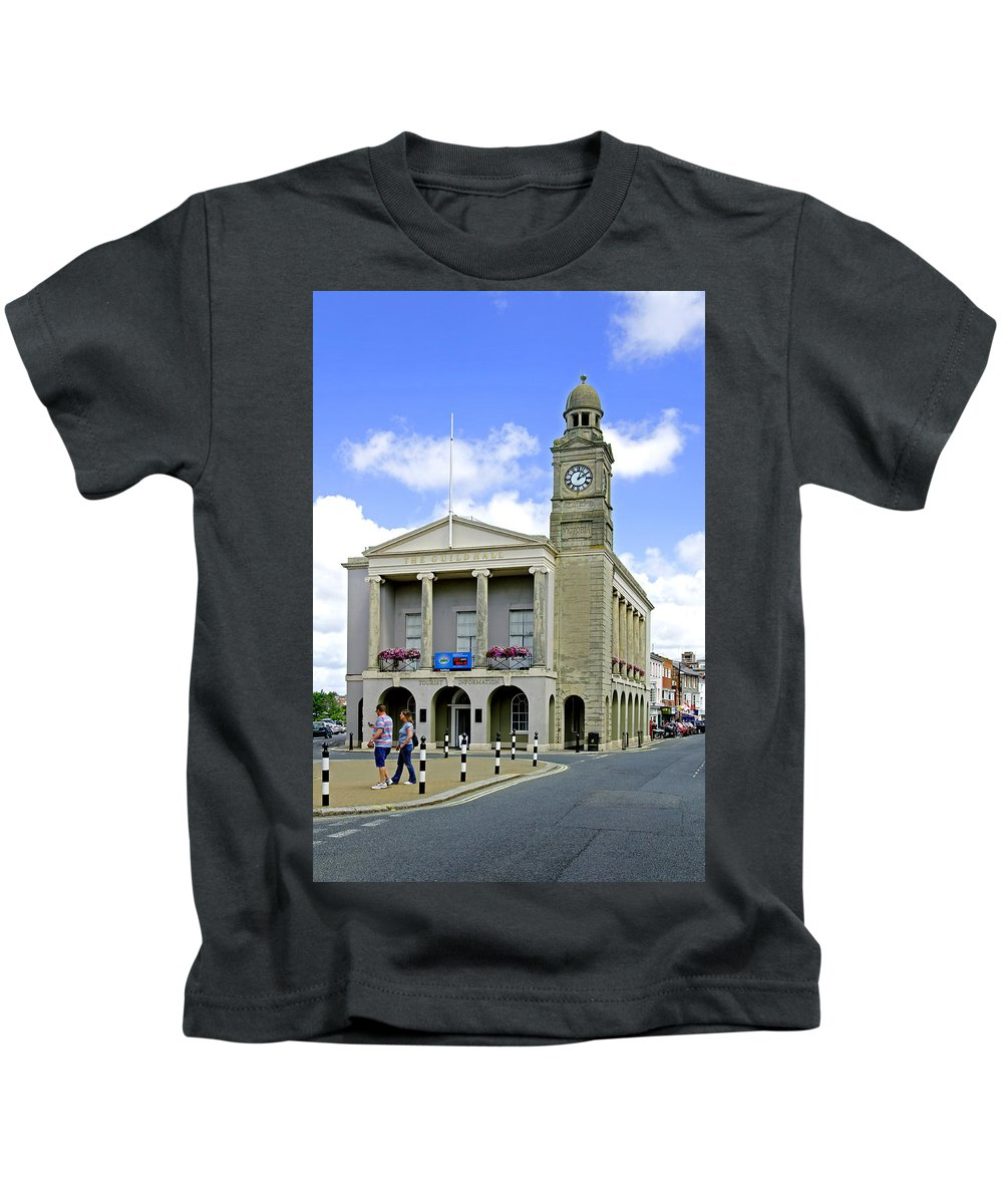 Isle Of Wight Kids T-Shirt featuring the photograph The Guild Hall At Newport by Rod Johnson