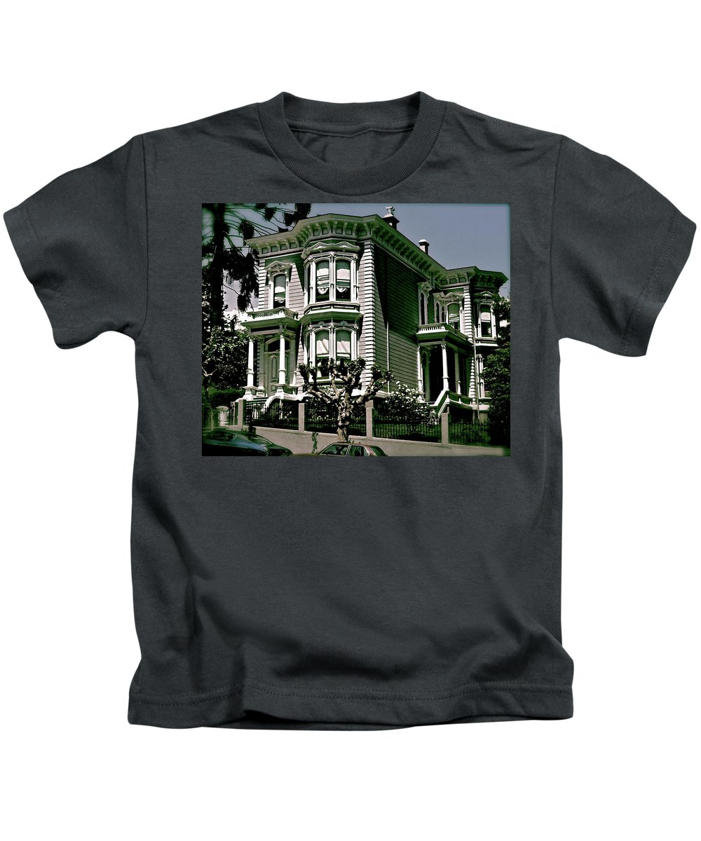 San Francisco Kids T-Shirt featuring the photograph The House On The Hill by Ira Shander