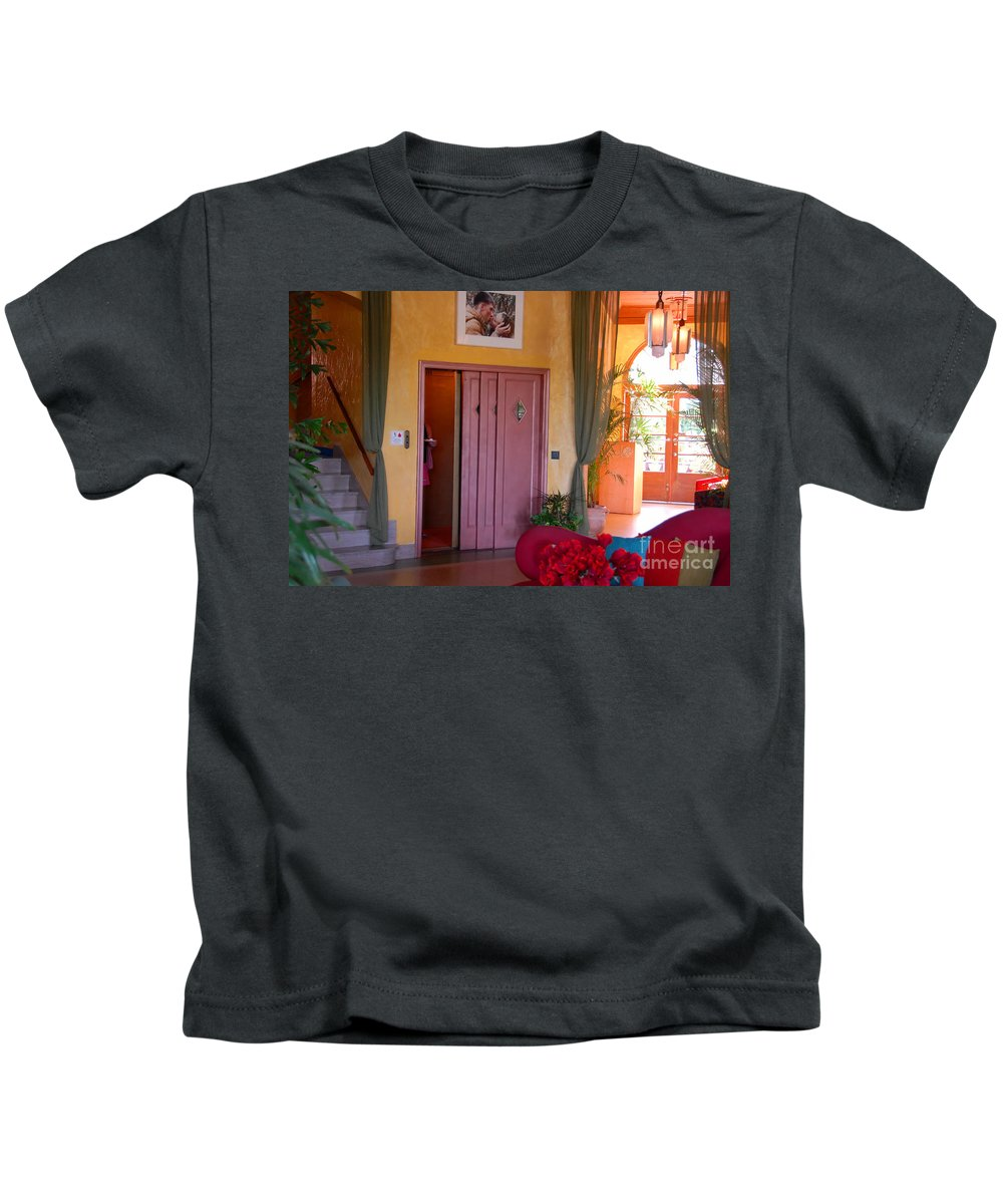 Miami Florida Kids T-Shirt featuring the photograph The Kiss by David Lee Thompson