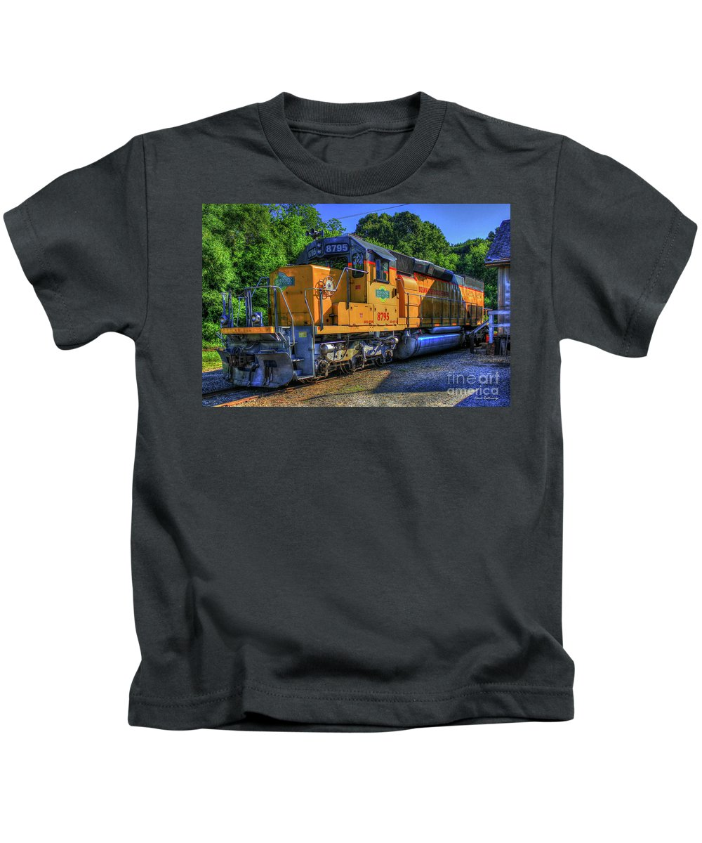 Reid Callaway Train And Track Images Kids T-Shirt featuring the photograph The Workhorse Squaw Creek Southern Rail Road Locomotive Art by Reid Callaway