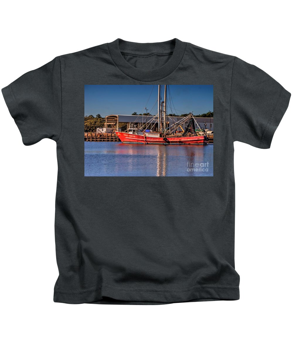 Three Princess Kids T-Shirt featuring the photograph Three Princess Schrimpboat by Paul Lindner