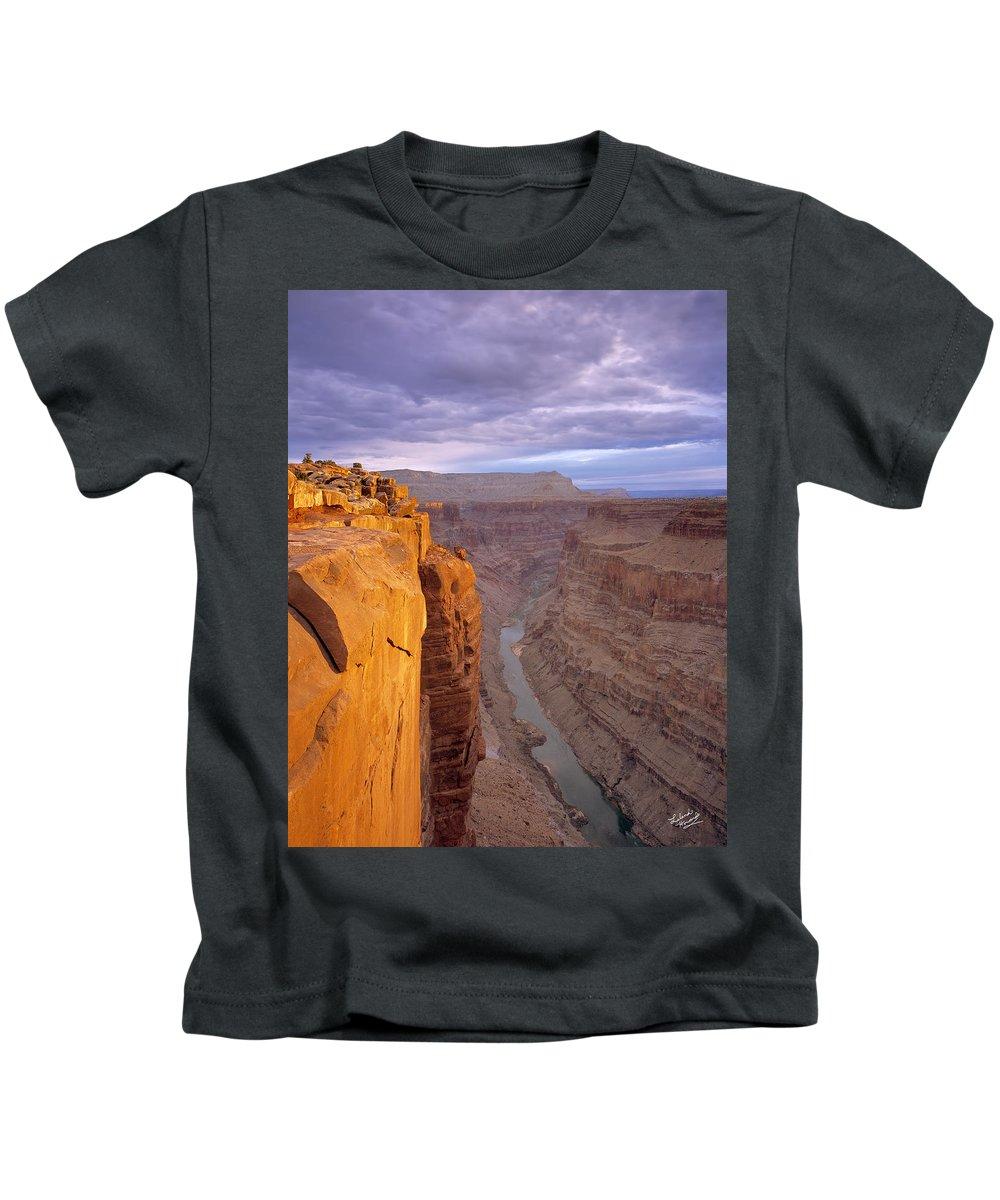 Arizona Kids T-Shirt featuring the photograph Toroweap Overlook Cliff by Leland D Howard