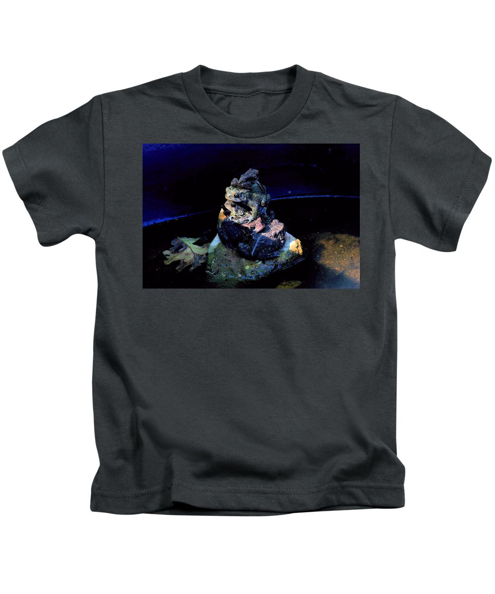 Frog Kids T-Shirt featuring the photograph Totem Frogs by Bob Welch