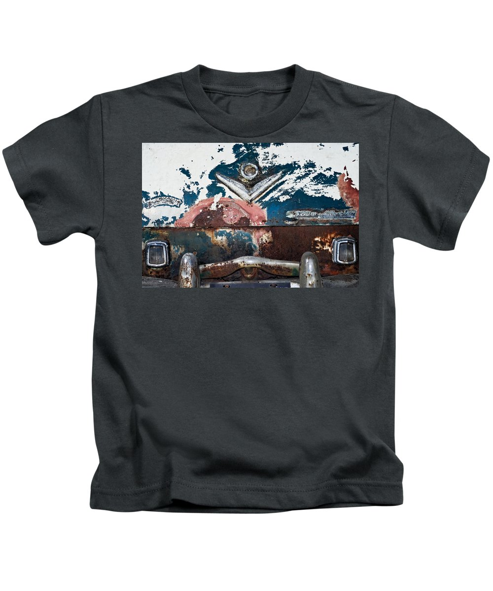 Chrysler Kids T-Shirt featuring the photograph Town And Country Bumper by Julie Niemela