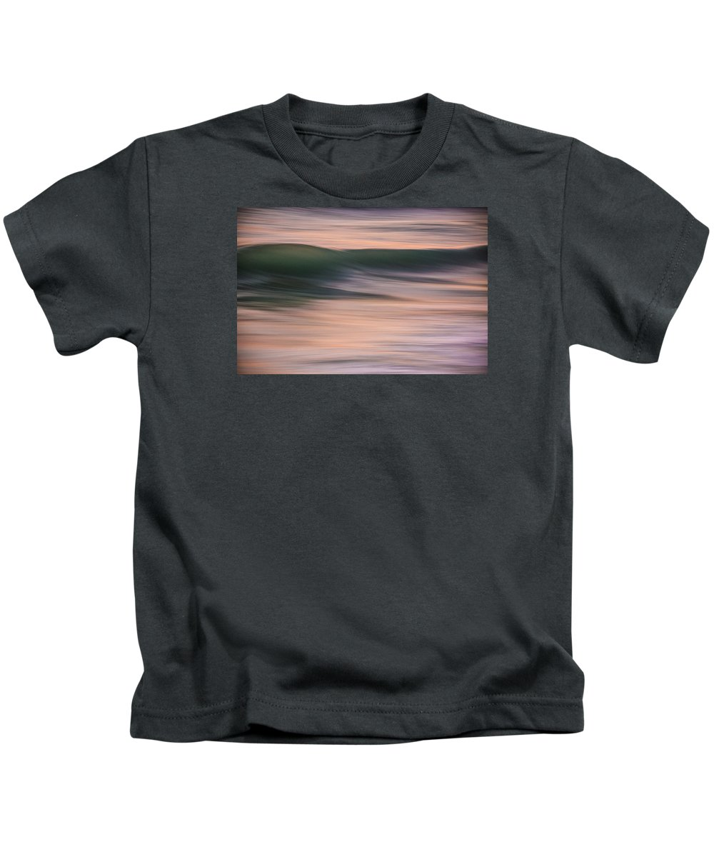 Wave Kids T-Shirt featuring the photograph Trasnverse Iv by Justin Bartels