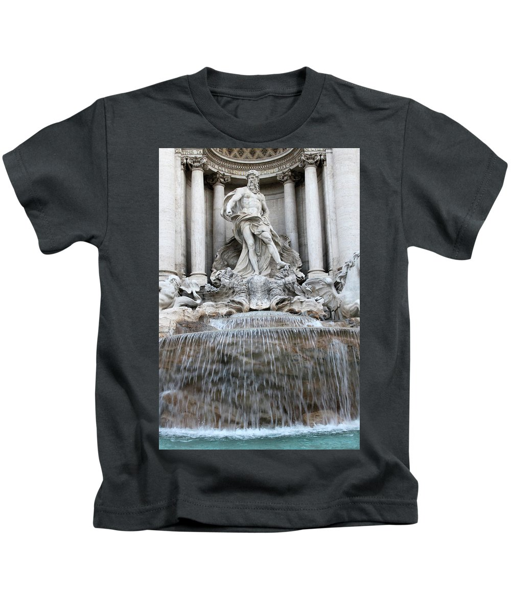 Trevi Kids T-Shirt featuring the photograph Trevi Fountain Rome by Munir Alawi