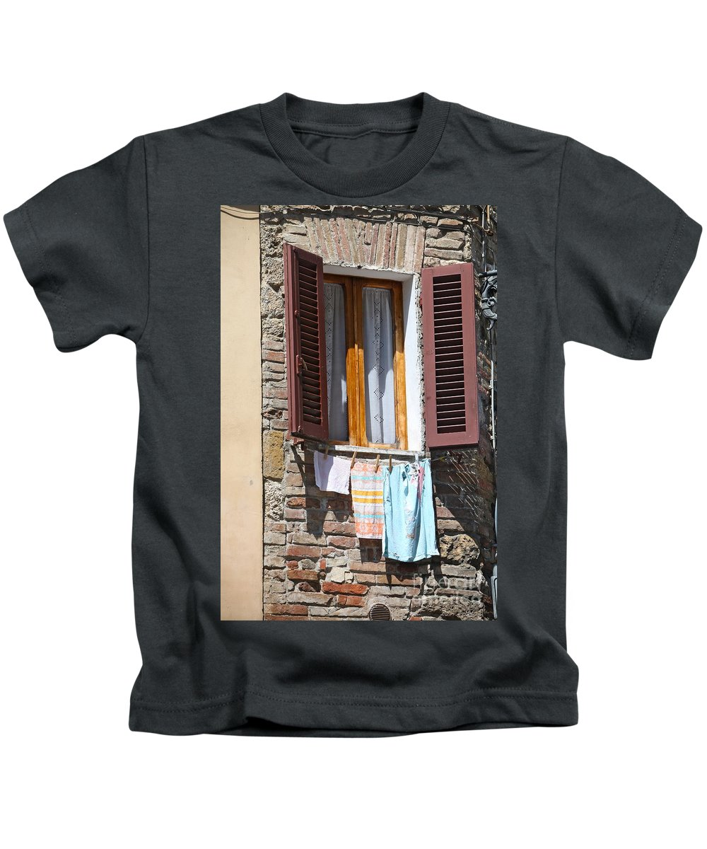 Tuscany Kids T-Shirt featuring the photograph Tuscan Window And Laundry by Nadine Rippelmeyer