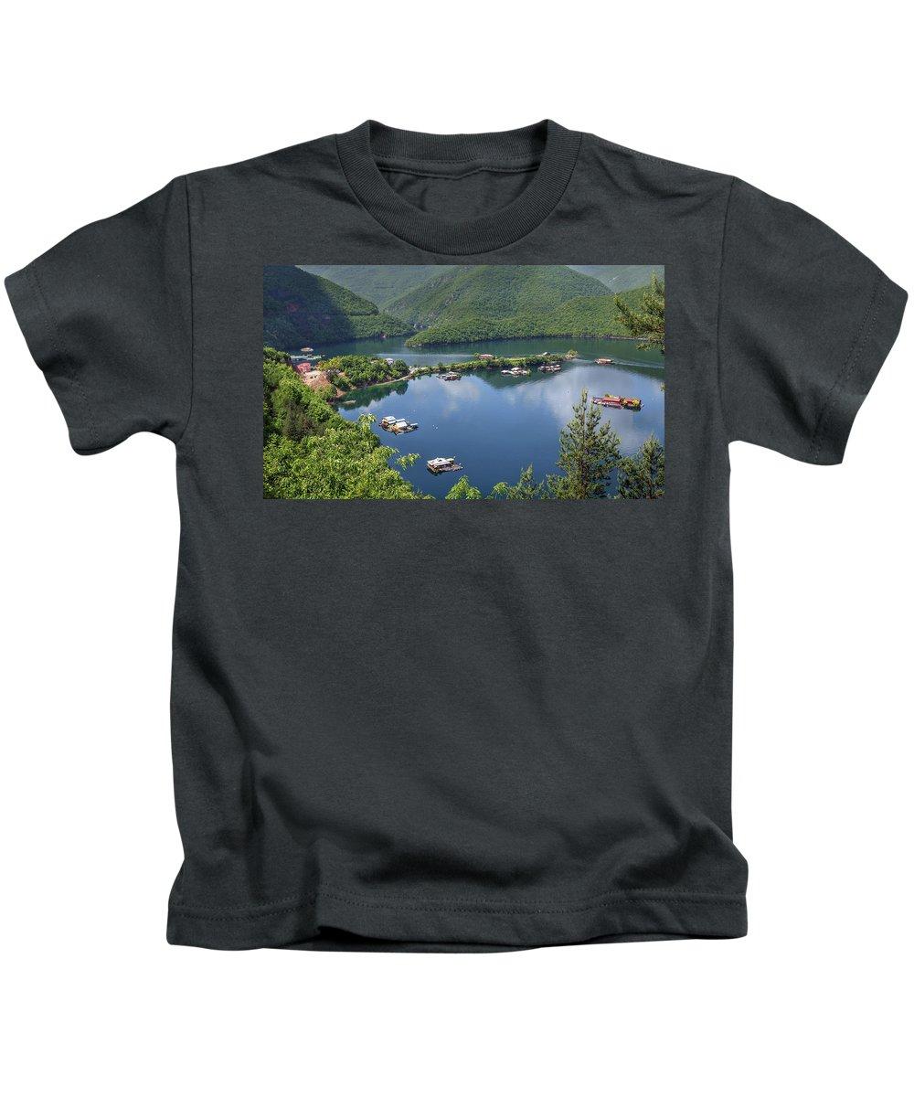 пейзаж Kids T-Shirt featuring the photograph Vacha Dam by Tihomir Dimitrov