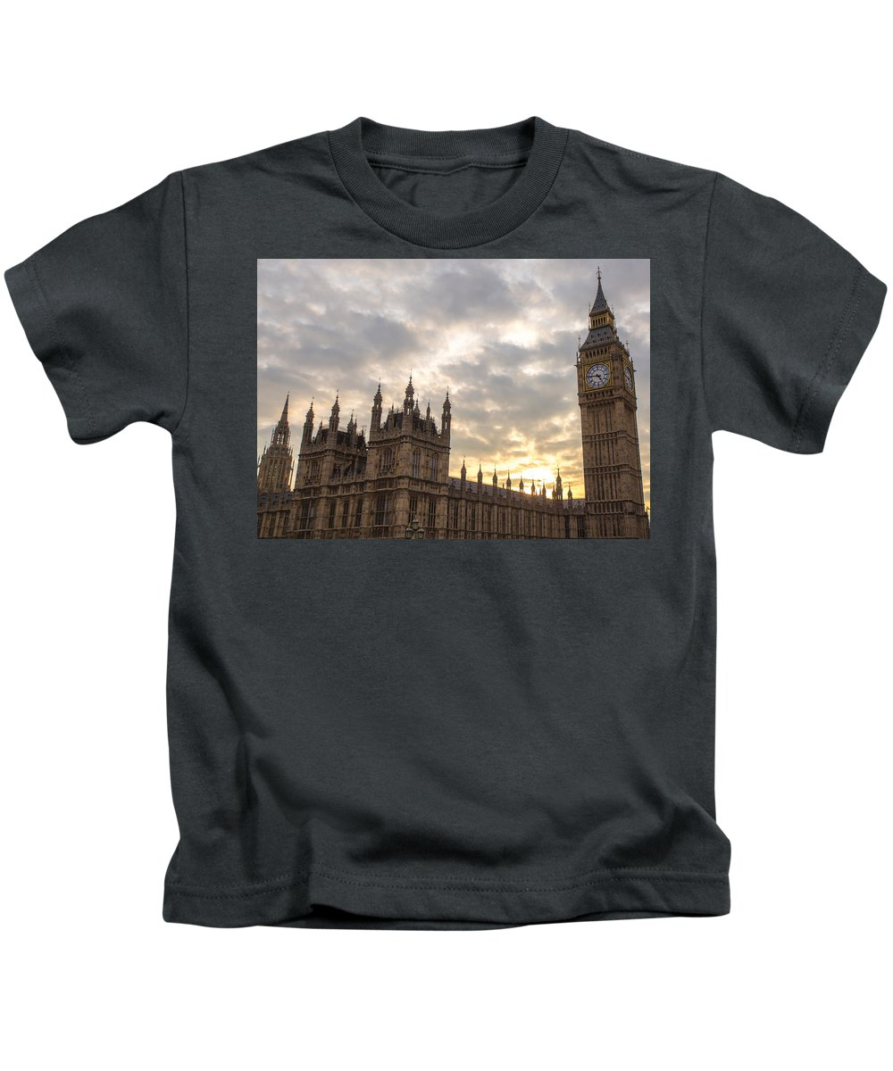 Kids T-Shirt featuring the photograph Westminster Palace by Jared Windler