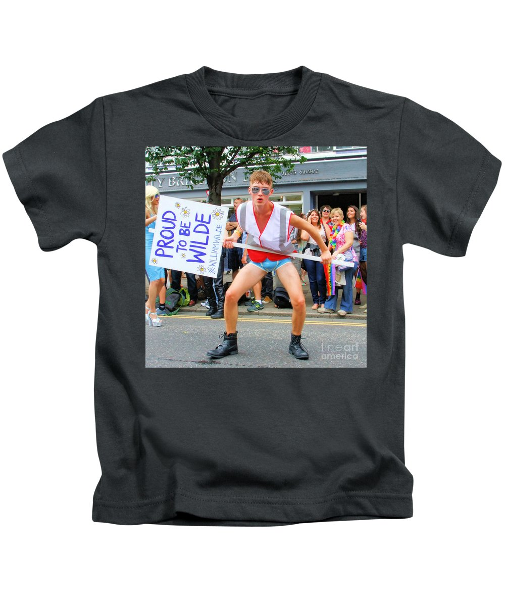Brighton Kids T-Shirt featuring the photograph Wilde by Jamie McGrane