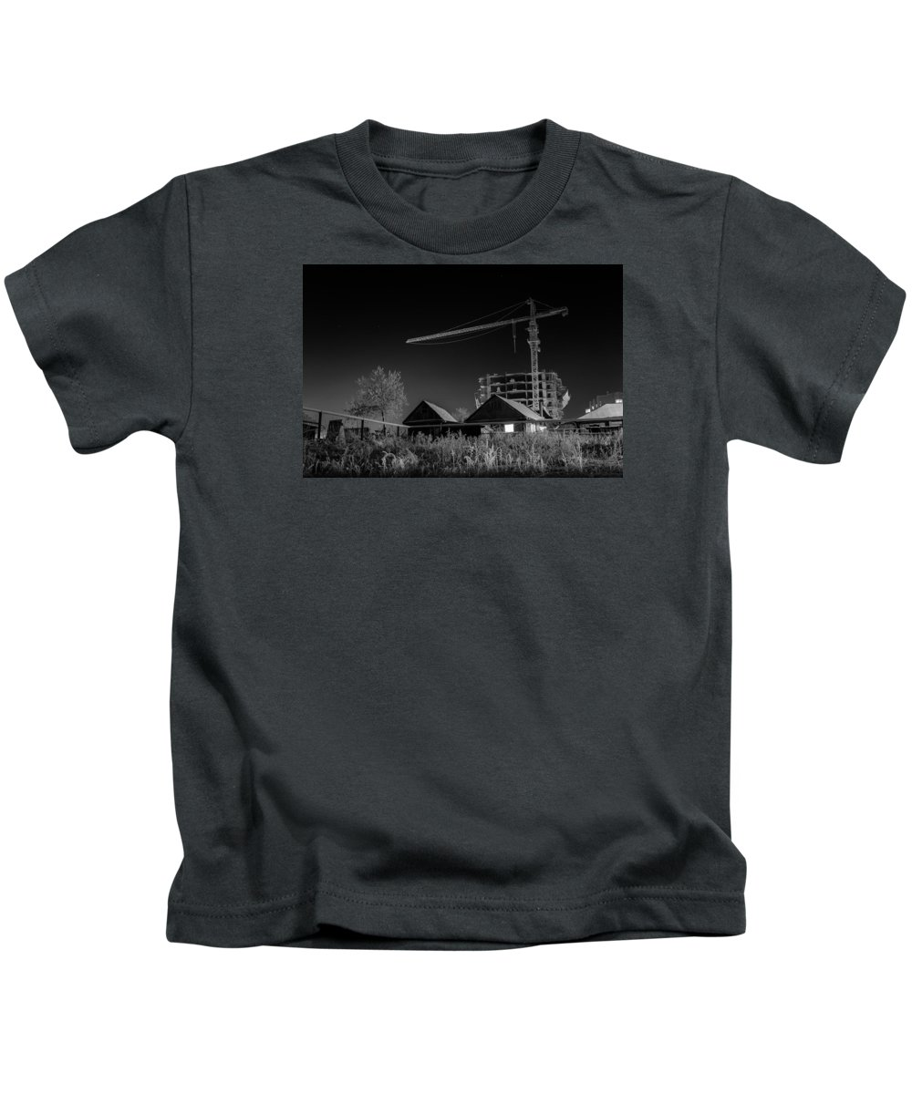 John D Williams Kids T-Shirt featuring the photograph Winter Homes The Crane And The Great Plough by John Williams