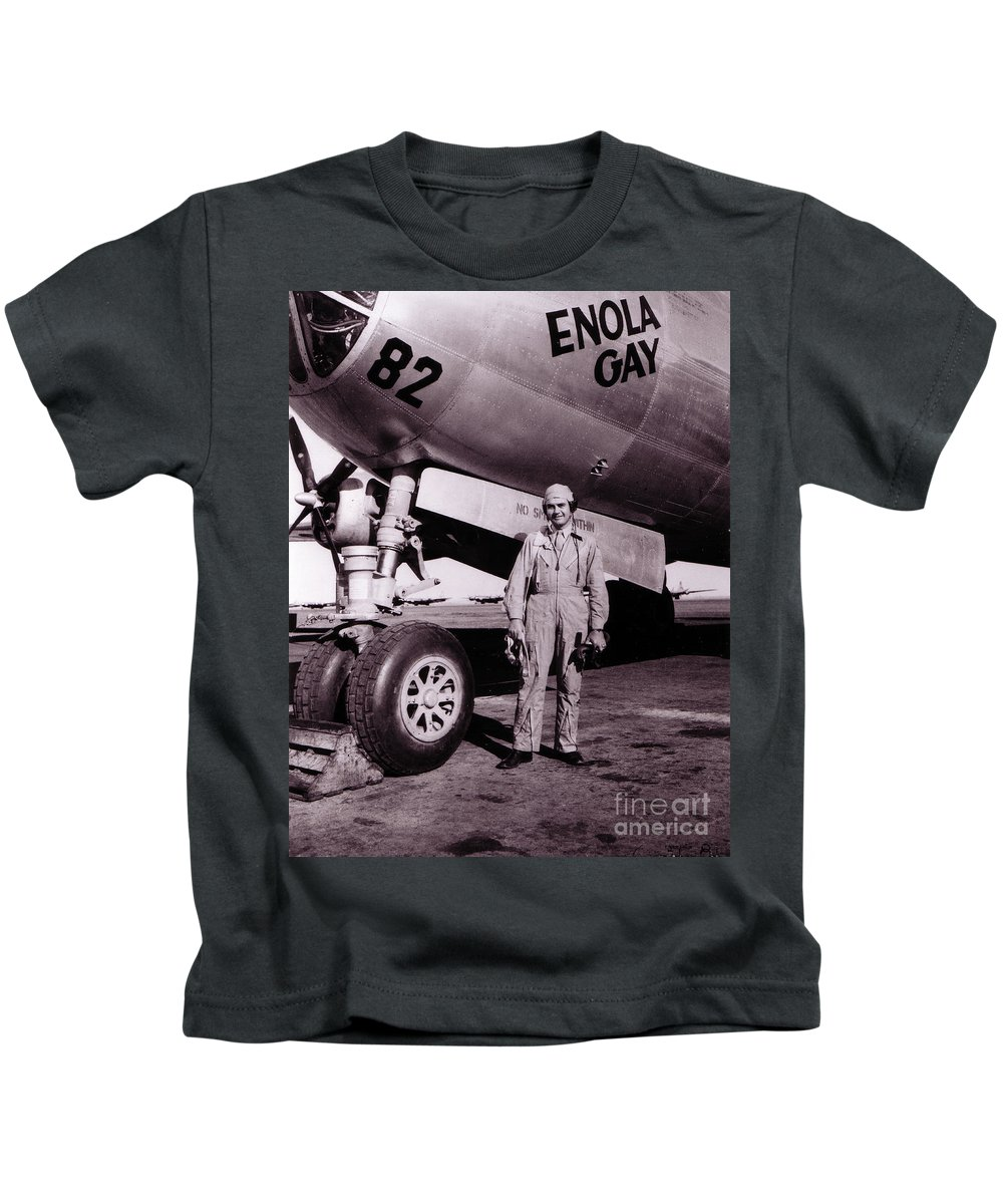 Science Kids T-Shirt featuring the photograph Wwii, Paul Tibbetts, Usaf Officer by Science Source