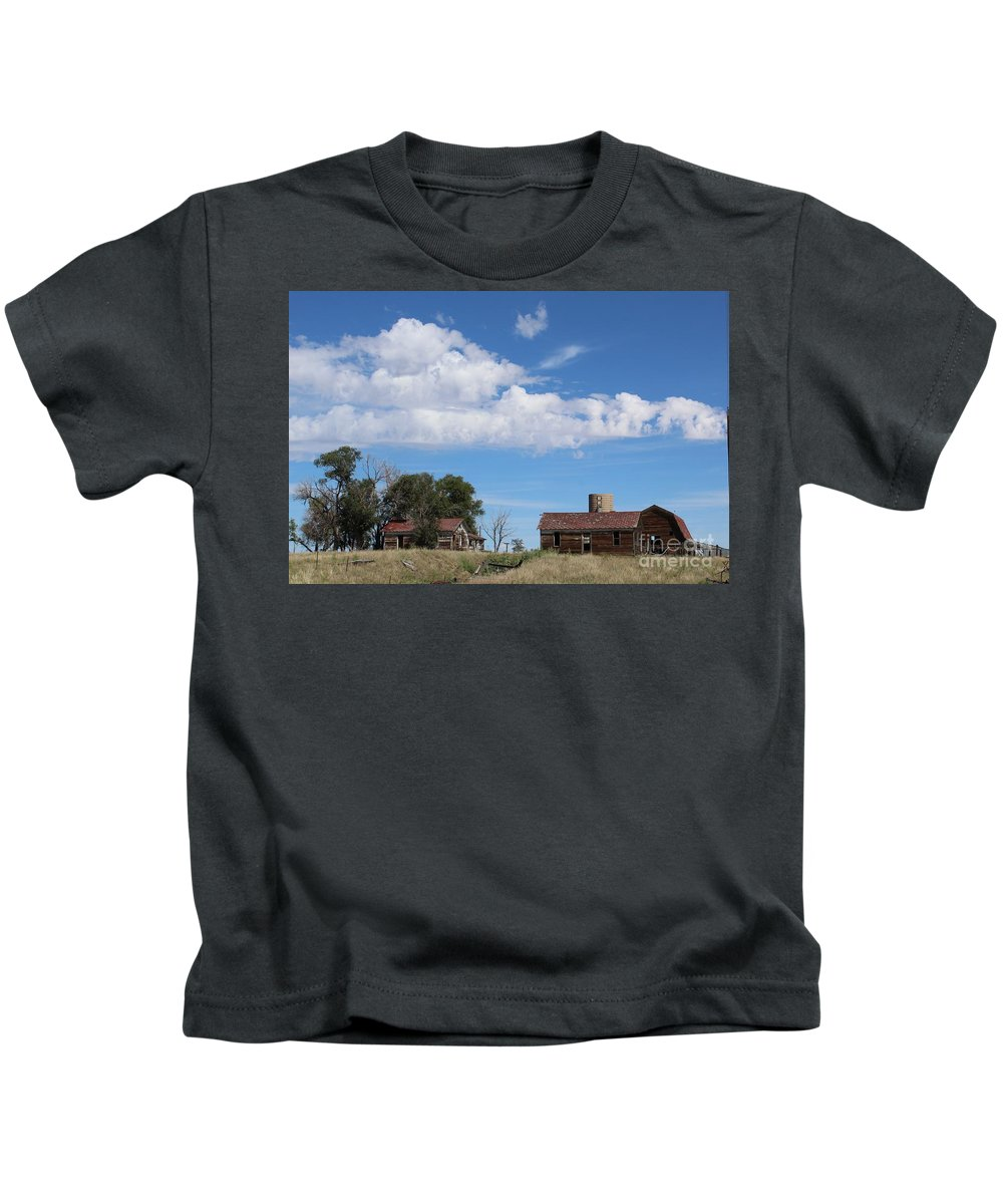 Abandoned Farm Kids T-Shirt featuring the photograph Abandoned Farm by Tammie J Jordan