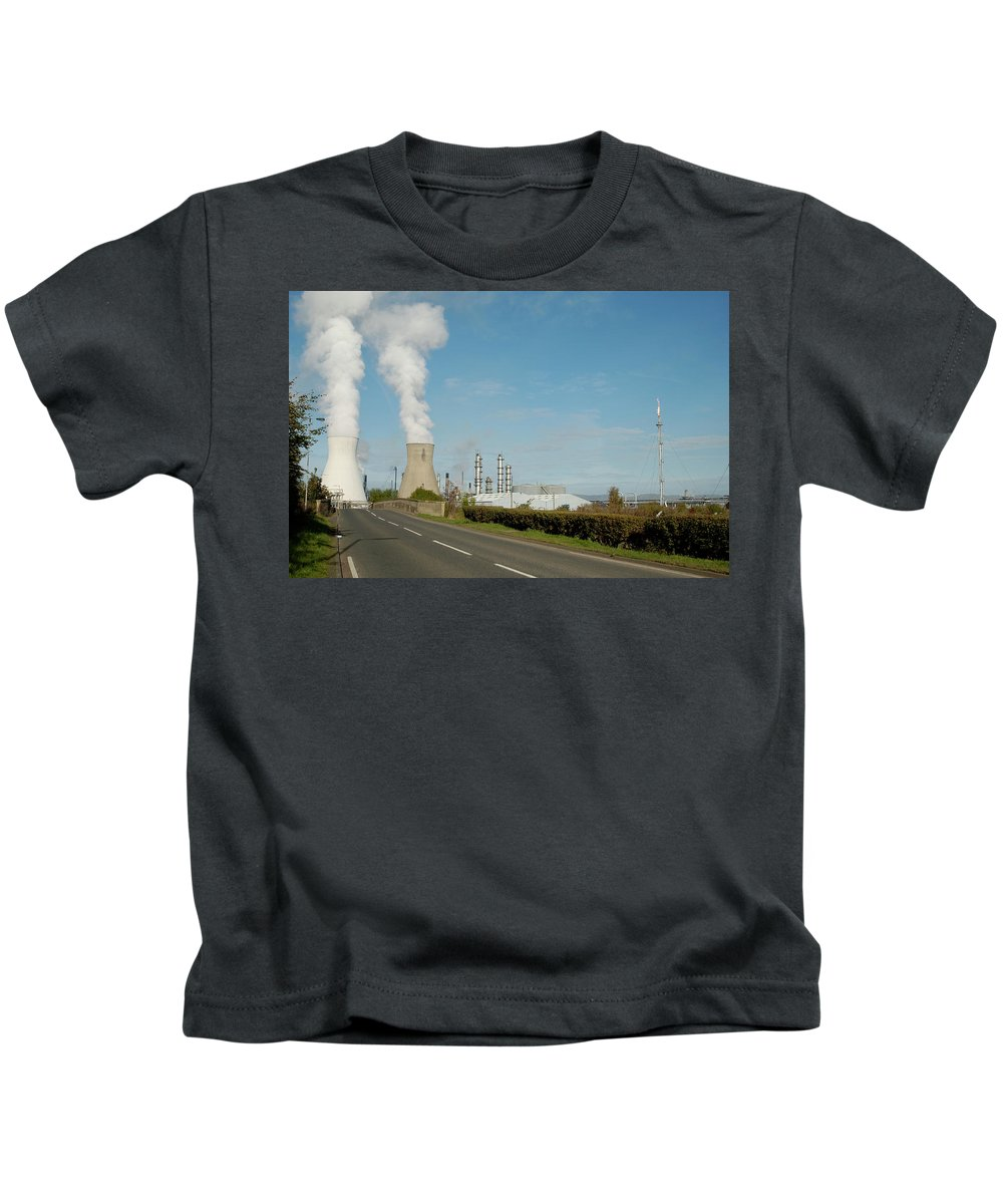 Plant Kids T-Shirt featuring the photograph Grangemouth Petro-chemical Plant by Victor Lord Denovan