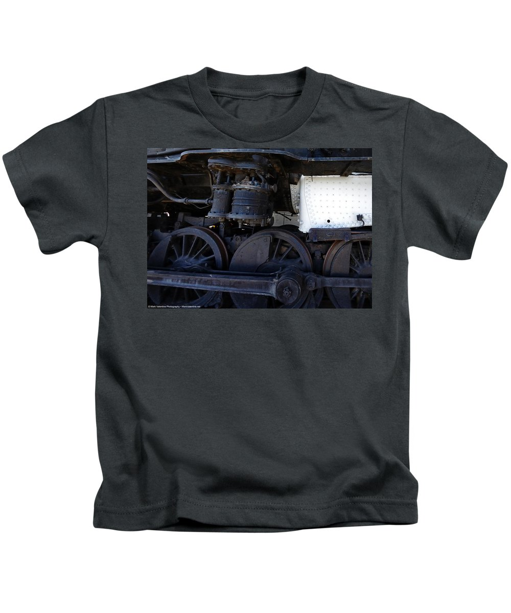 Kids T-Shirt featuring the photograph Harriman Common Standard by Mark Valentine