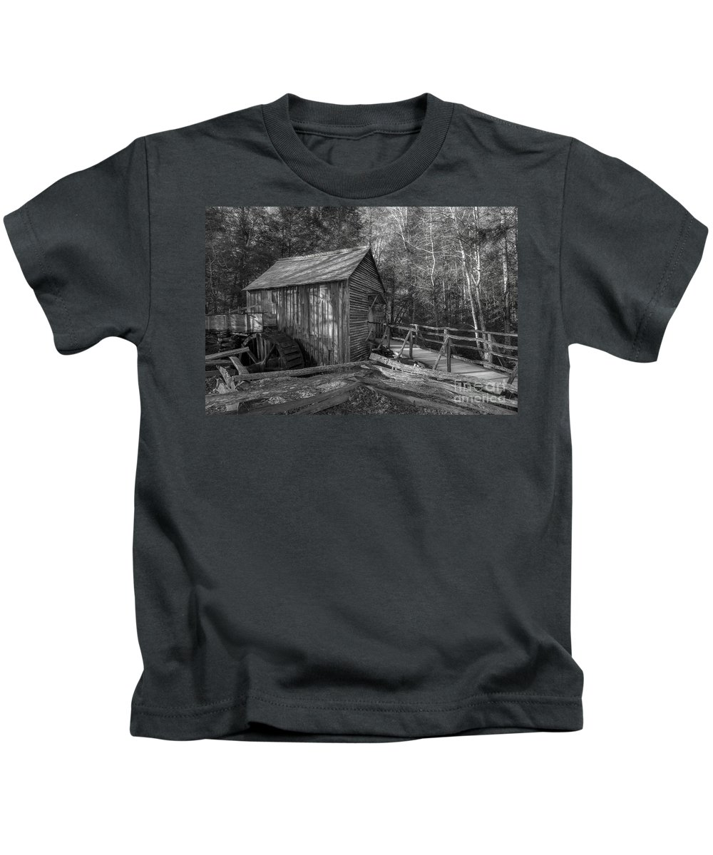 Grist Mill Kids T-Shirt featuring the photograph Tennessee Mill 2 by Mike Eingle