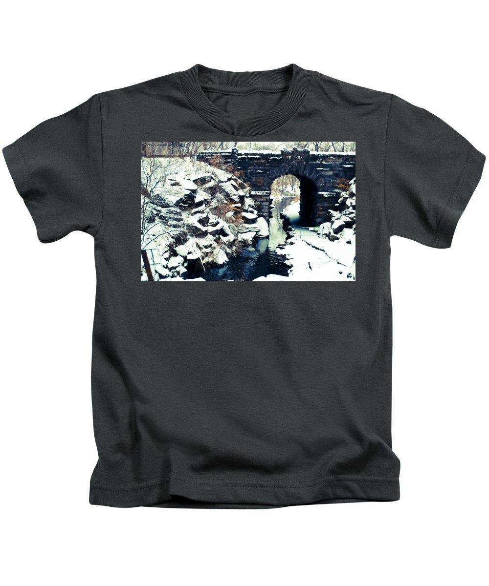 New York Snow Photographs Kids T-Shirts