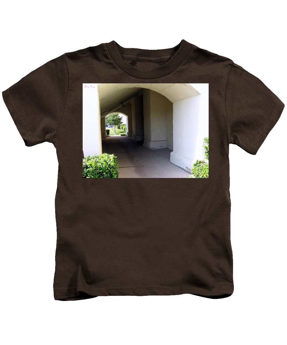 Porch Kids T-Shirt featuring the photograph Breeze Way by Amy Hosp